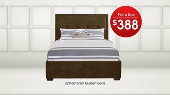Rooms to Go TV Spot, 'Memorial Day: Queen Beds' - Thumbnail 4