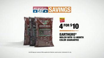 The Home Depot Memorial Day Savings TV Spot, 'Mulch' - Thumbnail 7