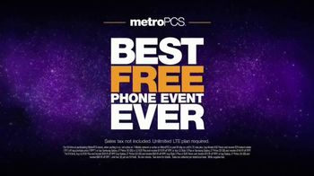 MetroPCS Best Free Phone Event Ever TV Spot, 'Take a Picture of Yourself' - Thumbnail 7