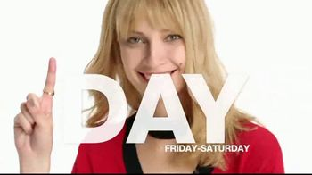 Macy's One Day Sale TV Spot, 'Valentine's Deals of the Day' - Thumbnail 2