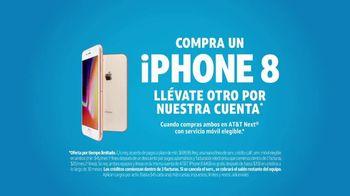 AT&T Next TV Spot, 'Un iPhone 8 por nuestra cuenta' [Spanish] - Thumbnail 8