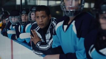 Diamond Producers Association TV Spot, 'Making of a Gem: Hockey' - Thumbnail 4