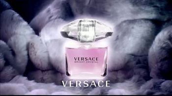 Versace Bright Crystal TV Spot, 'Show Me: Valentine' Ft. Candice Swanepoel - Thumbnail 8