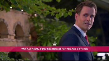 Hallmark Channel's Countdown to Valentine's Day Sweepstakes TV Spot, 'Spa' - Thumbnail 5