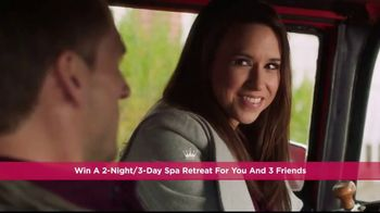 Hallmark Channel's Countdown to Valentine's Day Sweepstakes TV Spot, 'Spa' - Thumbnail 6