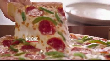 Pizza Hut $7.99 Large Pizza Deal TV Spot, 'Bring Everyone to the Table' - Thumbnail 10