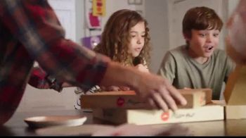 Pizza Hut $7.99 Large Pizza Deal TV Spot, 'Bring Everyone to the Table' - Thumbnail 5