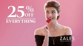 Zales TV Spot, 'Valentine's Day: 25 Percent Off Everything' - Thumbnail 5