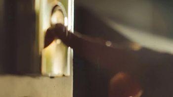 Walmart TV Spot, 'Envíos gratis' canción de Christina Aguilera [Spanish] - Thumbnail 2