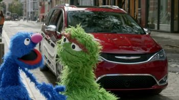 Chrysler Pacifica TV Spot, 'Trash Talk: Sesame Street' [T2] - Thumbnail 1