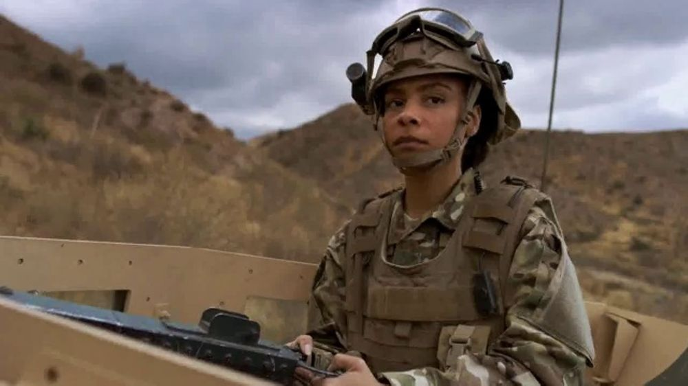 USO TV Commercial, 'What Does It Take?: Share a Message'