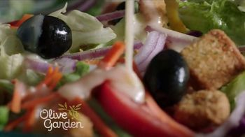 Olive Garden TV Spot, 'Value Every Moment Together' - Thumbnail 3