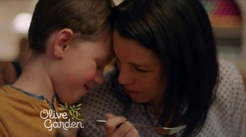 Olive Garden TV Spot, 'Value Every Moment Together' - Thumbnail 4