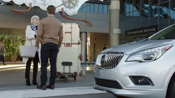 2018 Buick Envision TV Spot, 'Foot-Activated Liftgate' Song by Matt and Kim [T2] - Thumbnail 3