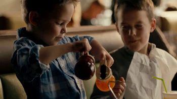 Perkins Skillets TV Spot, 'Served Sizzling Hot' - Thumbnail 3