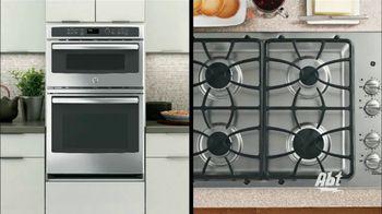 GE Appliances TV Spot, 'American Kitchen: Make More Moments' - Thumbnail 4