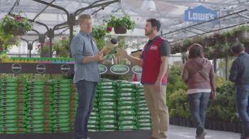 Lowe's TV Spot, 'The Moment: Lawn Care' - Thumbnail 3