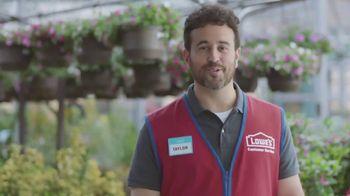 Lowe's TV Spot, 'The Moment: Lawn Care' - Thumbnail 4