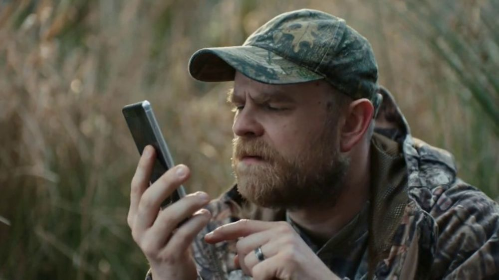 Busch Beer TV Commercial, 'Phone' - Video