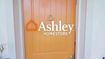 Ashley HomeStore Presidents' Day Mattress Sale TV Spot, 'Adjustable Sets' - Thumbnail 1