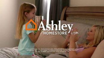 Ashley HomeStore Presidents' Day Mattress Sale TV Spot, 'Adjustable Sets' - Thumbnail 8