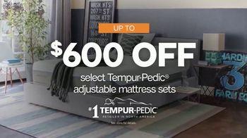 Ashley HomeStore Presidents' Day Mattress Sale TV Spot, 'Adjustable Sets' - Thumbnail 5