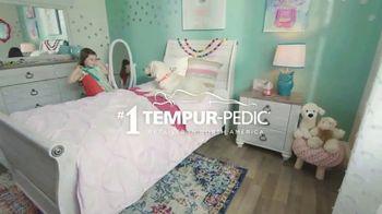 Ashley HomeStore Presidents' Day Mattress Sale TV Spot, 'Adjustable Sets' - Thumbnail 7