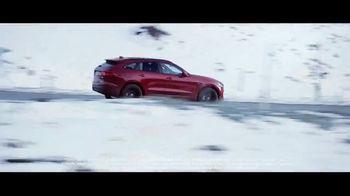 Jaguar Impeccable Timing Sales Event TV Spot, 'Adapt: 2018 Jaguar F-PACE' [T2] - Thumbnail 4