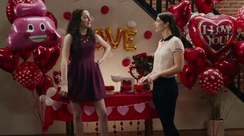 Party City TV Spot, 'Valentine's Day' - Thumbnail 2