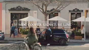 MINI USA All 4 the Love Sales Event TV Spot, 'MINI Cooper Signature Line' [T2] - Thumbnail 1