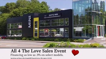 MINI USA All 4 the Love Sales Event TV Spot, 'MINI Cooper Signature Line' [T2] - Thumbnail 9