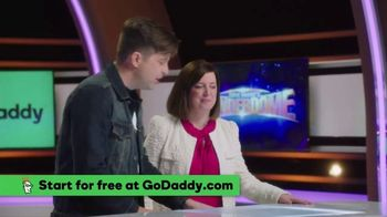 GoDaddy GoCentral TV Spot, 'ABC: Email Marketing and Web Design' - Thumbnail 5
