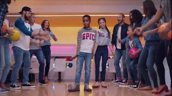 Old Navy Jeans TV Spot, 'The Best Jeans in the Game' Song by MEN$A - Thumbnail 9