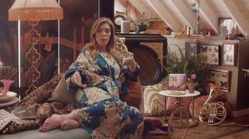 Fiber One Cheesecake Bars TV Spot, 'She Shed: Rules' - Thumbnail 3