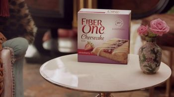 Fiber One Cheesecake Bars TV Spot, 'She Shed: Rules' - Thumbnail 6