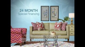 La-Z-Boy The Weekend Sale TV Spot, 'Recliners and Sofas' - Thumbnail 5