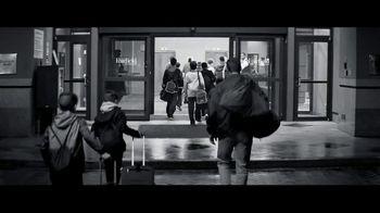 Marriott TV Spot, 'Broken Bus: Golden Rule' - Thumbnail 5