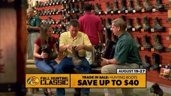 Bass Pro Shops Fall Hunting Classic TV Spot, 'Hunting Boots & Game Cameras' - Thumbnail 3