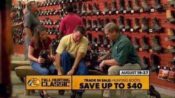 Bass Pro Shops Fall Hunting Classic TV Spot, 'Hunting Boots & Game Cameras' - Thumbnail 4