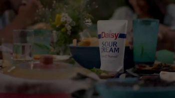 Daisy Sour Cream TV Spot, 'Picnic' - Thumbnail 1