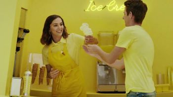 Honda Summerbration Sales Event TV Spot, 'Ice Cream: 2017 Civic LX' [T2] - Thumbnail 2