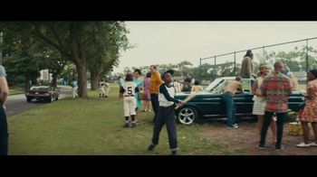 Dick's Sporting Goods TV Spot, 'Team Photo' Song by Macklemore & Ryan Lewis - Thumbnail 3