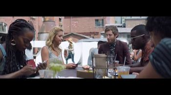 Verizon Unlimited TV Spot, 'Food Truck' Featuring Thomas Middleditch - Thumbnail 3