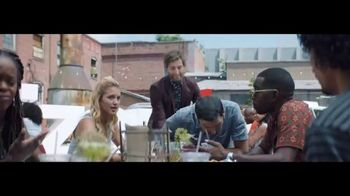 Verizon Unlimited TV Spot, 'Food Truck' Featuring Thomas Middleditch - Thumbnail 8