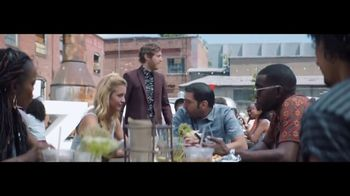 Verizon Unlimited TV Spot, 'Food Truck' Featuring Thomas Middleditch - Thumbnail 9
