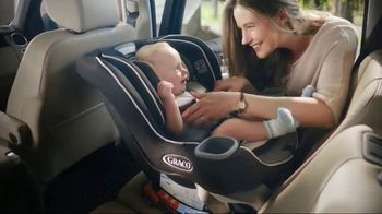 Graco Extend2Fit Convertible Car Seat TV Spot, 'Leg Room'