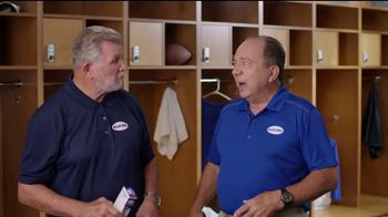 Blue-Emu TV Spot, 'Locker Room Talk' Featuring Mike Ditka, Johnny Bench - Thumbnail 7
