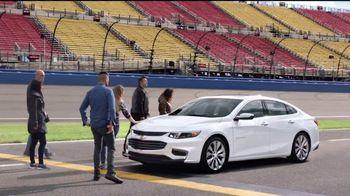 Chevy Summer Drive TV Spot, 'Circuito: 2017 Silverado' [Spanish] [T2] - 417 commercial airings