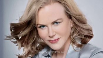 Neutrogena Rapid Wrinkle Repair TV Spot, 'No Hurry' Featuring Nicole Kidman - Thumbnail 6