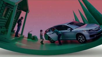Honda Summerbration Sales Event TV Spot, 'Firefly: 2017 Accord LX Sedan' [T2] - Thumbnail 2